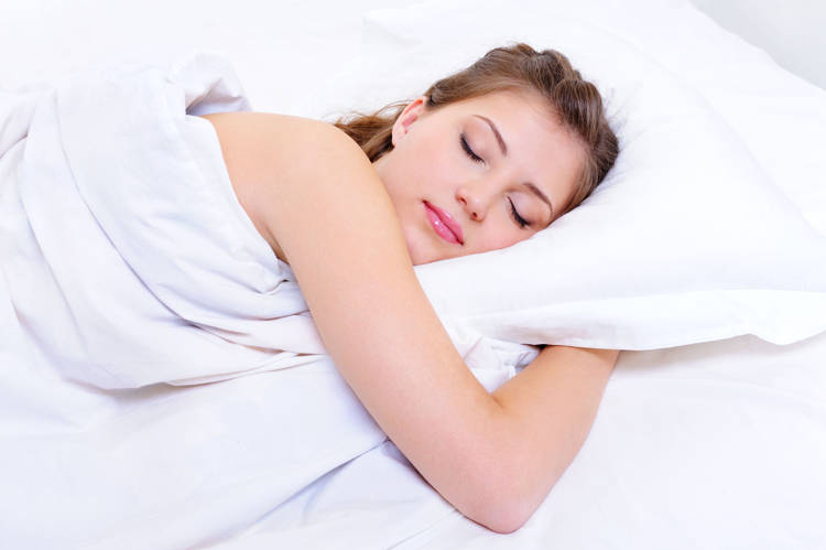 Conoce los beneficios de dormir sin ropa